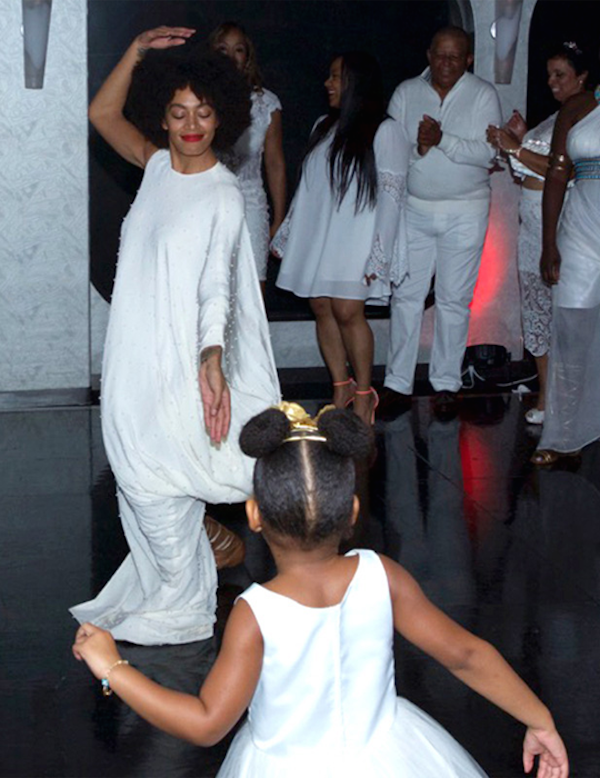 Tina knowles and richard lawson wedding blue ivy and solange dancing